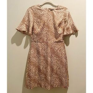 NWT Banana Republic Leopard Print Bell Sleev Dress